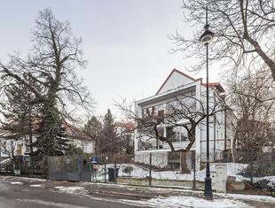 Rozbudowa domu na Żoliborzu w Warszawie
